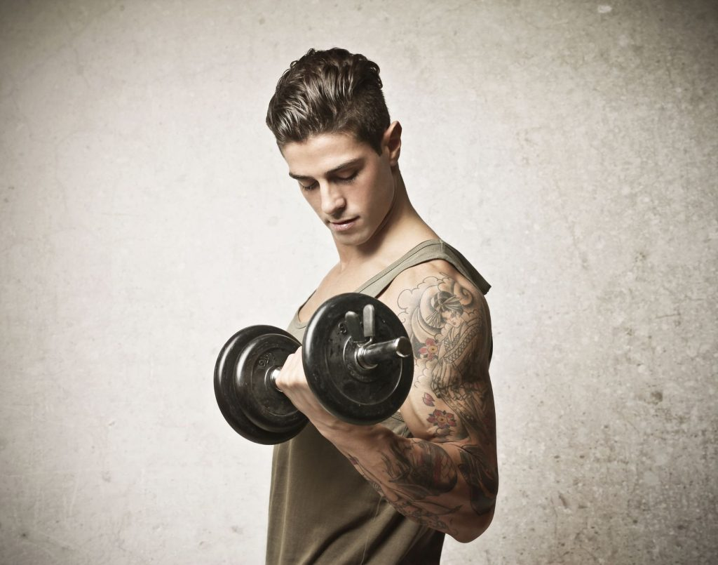 5c8dded674 7 Gym Clothing Mistakes You Should Stop Making | Men's Fashion Tips ...