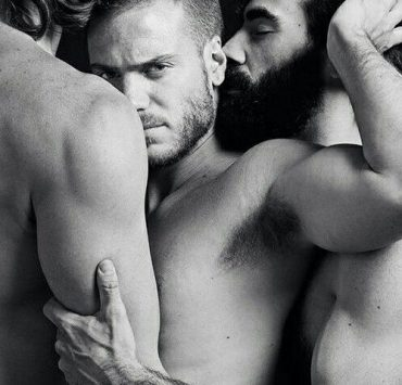 gay threesome guide