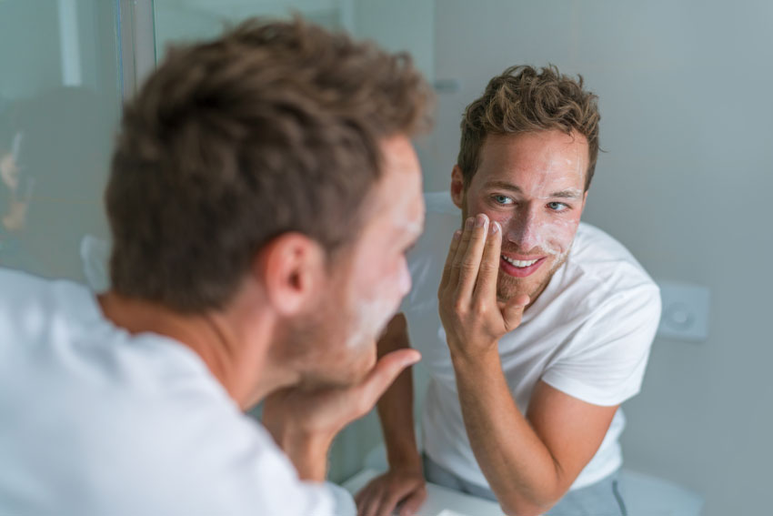 Best Face Wash for Men with Dry Skin