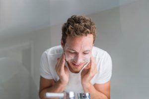 What Causes Dry Skin on Face?