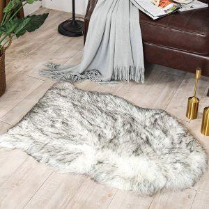 Carvapet Luxury Soft Faux Sheepskin Cushion